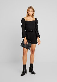 4th & Reckless - KRISTA BARDOT WITH PUFFED SLEEVES - Camicetta - black - 1