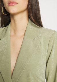 4th & Reckless - RACHIE BLAZER - Manteau court - sage - 5
