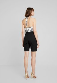 4th & Reckless - WORTHINGTON - Shorts - black - 2