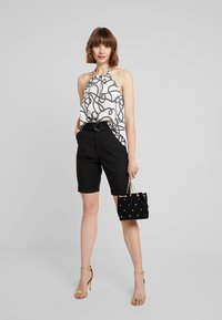 4th & Reckless - WORTHINGTON - Shorts - black - 1