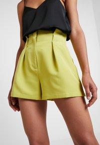 4th & Reckless - KIKI - Shorts - lime - 3
