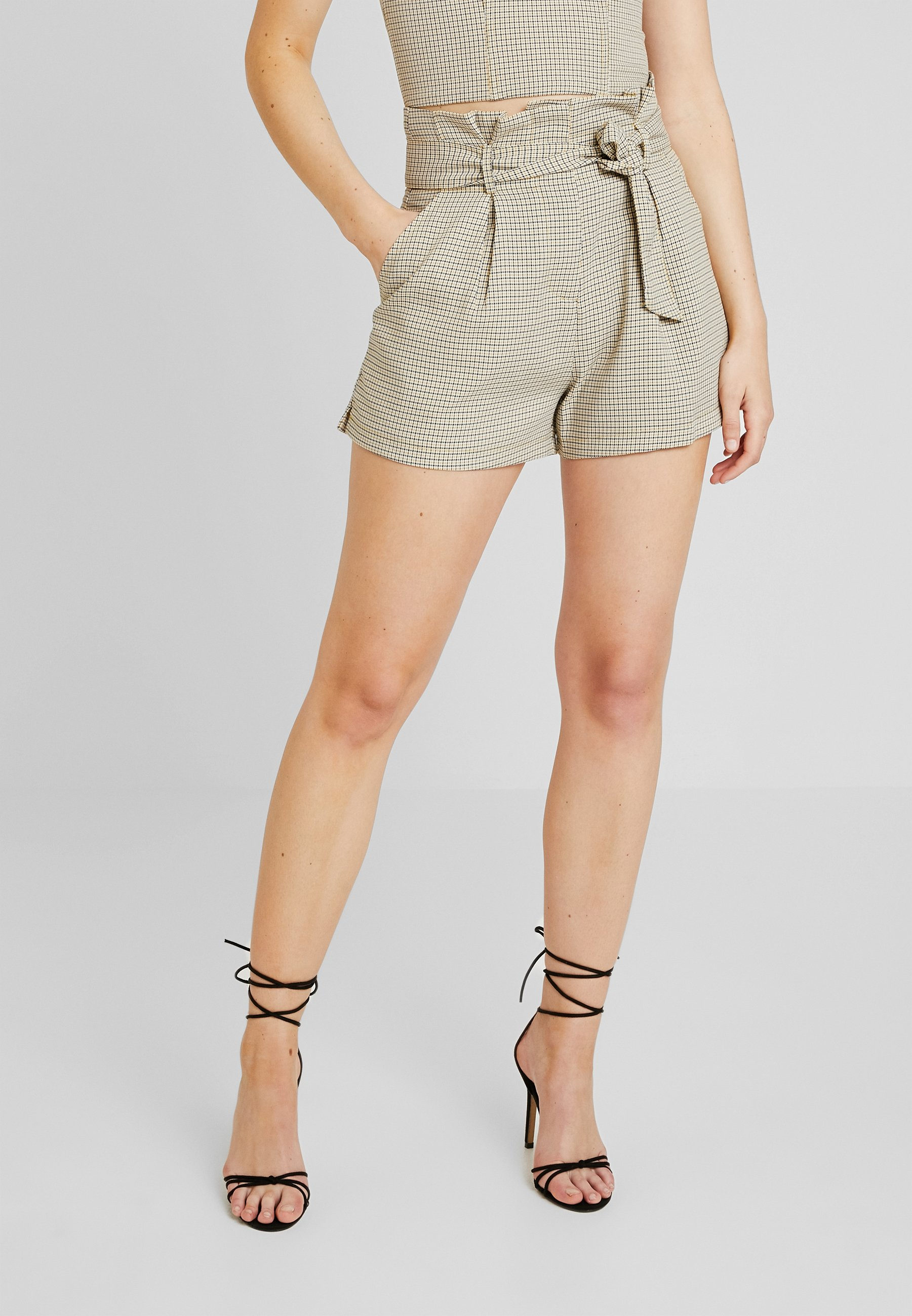4th & Reckless EXCLUSIVE HARPER - Shorts yellow
