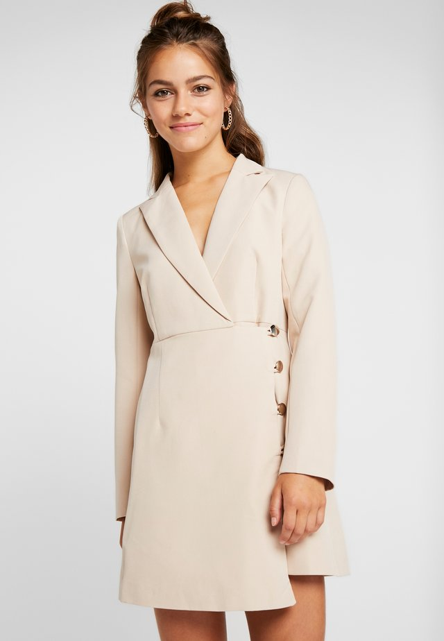 BLAZER DRESS WITH WRAP AND BUTTON DETAIL - Day dress - cream