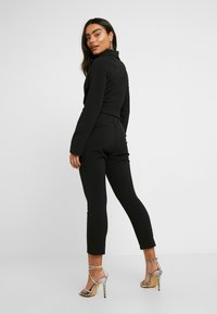 4th & Reckless Petite - SANDRA COLLARED WITH BUCKLE DETAIL - Combinaison - black - 2