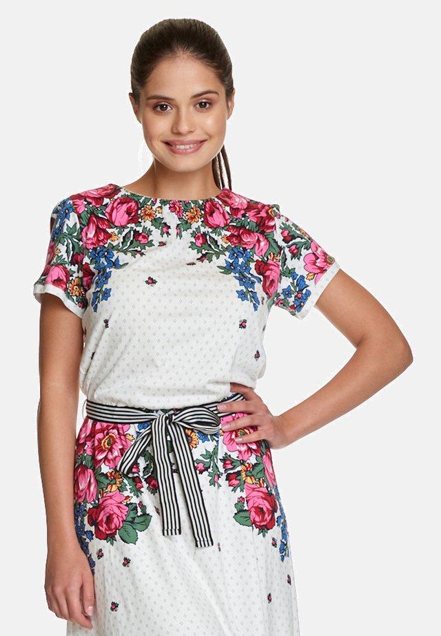 PIROSHKA - Jersey dress - creme/allover