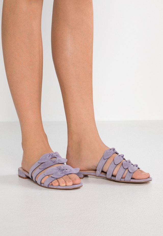 Pantolette flach - lila