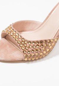 Bibi Lou - Højhælede sandaletter / Højhælede sandaler - taupe - 2