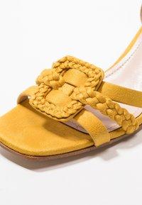 Bibi Lou - Sandaler - amarillo - 6