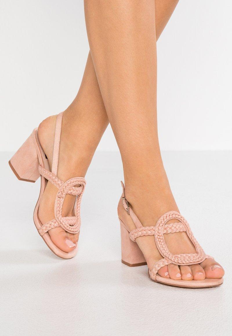 Bibi Lou - Sandals - rosa
