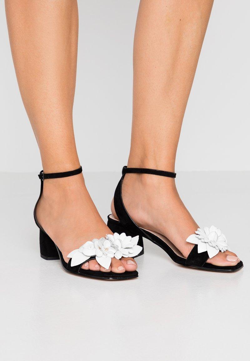 Bibi Lou - Sandals - black