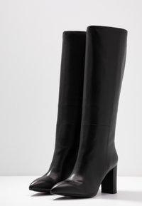 Bibi Lou - Højhælede støvler - black - 4