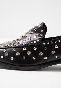 Bibi Lou - Loafers - black - 2