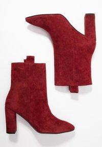 Bibi Lou - High Heel Stiefelette - carmin - 3