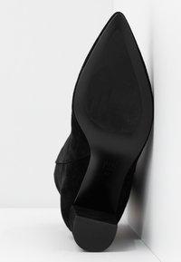 Bibi Lou - Højhælede støvletter - black - 6