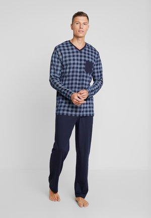 Pyjamas - blue medium check