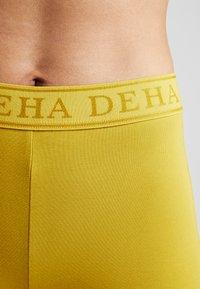 Deha - PANTA JAZZ - Tracksuit bottoms - golden lime - 4