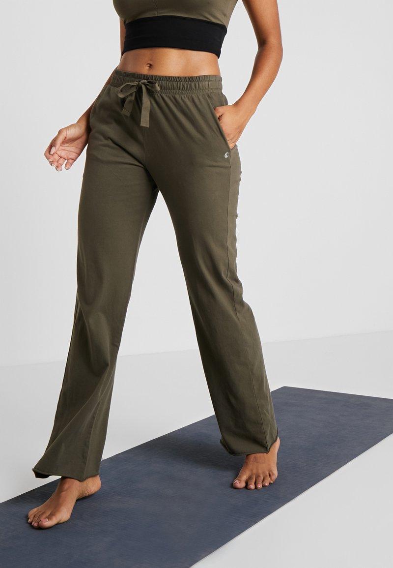 Deha - PANTALONE LARGO - Spodnie treningowe - dusty green