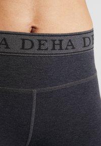 Deha - LEGGINGS  - Träningsshorts 3/4-längd - mottled light grey - 4