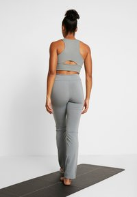 Deha - PANTALONE ADERENTE - Teplákové kalhoty - grigio - 2