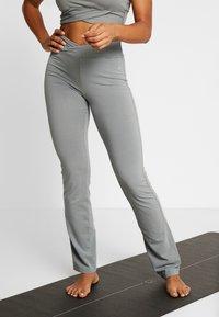 Deha - PANTALONE ADERENTE - Teplákové kalhoty - grigio - 0