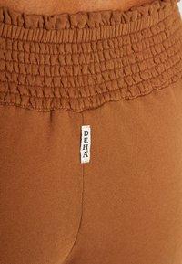 Deha - PANTALONE LARGO - Teplákové kalhoty - cocoa - 4
