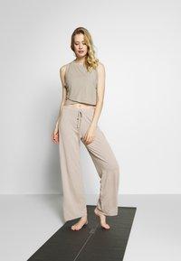 Deha - PANTALONE  - Teplákové kalhoty - ceramic - 1