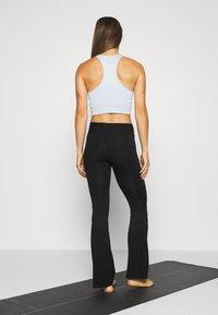 Deha - JAZZ PANTS - Pantalones deportivos - black - 2