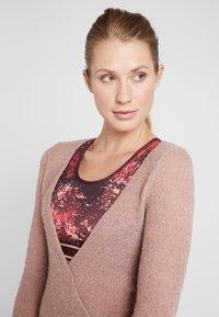 Deha - WRAP  - Stickad tröja - cameo rose - 4