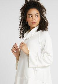 Deha - FELPA COLLO ALTO - Långärmad tröja - white - 3