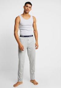 Jockey - PANTS - Pyjamasbyxor - grey - 1