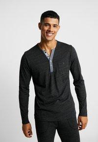 Jockey - LONGSLEEVE - Camiseta de pijama - black - 0