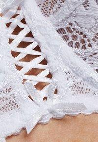 Sans Complexe - ARUM - Underwired bra - blanc - 5