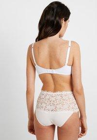 Sans Complexe - ARUM - Underwired bra - blanc - 2