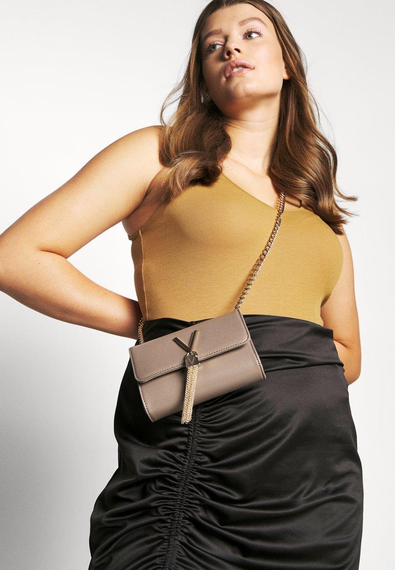 Valentino by Mario Valentino - DIVINA  - Across body bag - taupe