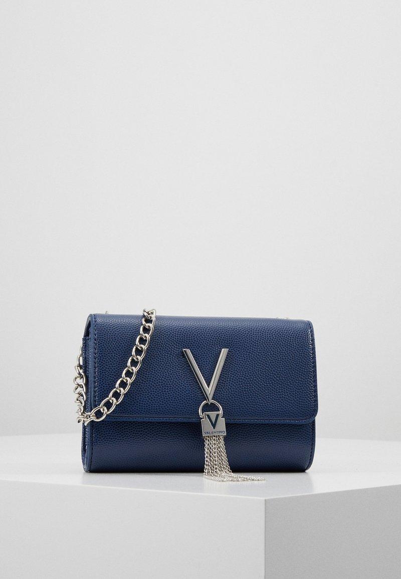 Valentino by Mario Valentino - DIVINA  - Taška spříčným popruhem - blu