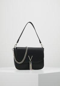 Valentino by Mario Valentino - DIVINA  - Handbag - nero - 0