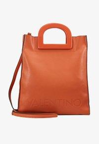 Valentino by Mario Valentino - TENNIS - Tote bag - zucca - 5