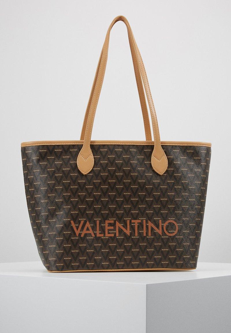 Valentino by Mario Valentino - LIUTO - Håndtasker - multicolor