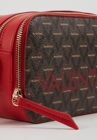 Valentino by Mario Valentino - LIUTO - Across body bag - rosso/multicolor - 6