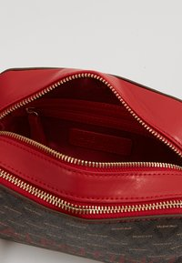 Valentino by Mario Valentino - LIUTO - Across body bag - rosso/multicolor - 4