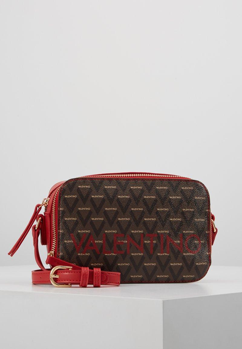 Valentino by Mario Valentino - LIUTO - Across body bag - rosso/multicolor