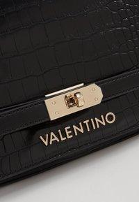 Valentino by Mario Valentino - Sac bandoulière - nero - 6