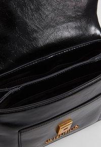 Valentino by Mario Valentino - GRIFONE - Handbag - black - 3