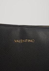 Valentino by Mario Valentino - SUPERMAN - Notebooktasche - black - 6