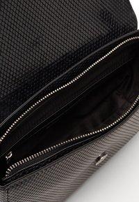 Valentino by Mario Valentino - AURE - Handbag - nero - 2