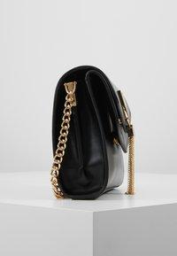 Valentino by Mario Valentino - ERKLING - Across body bag - black - 3