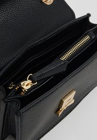 Valentino by Mario Valentino - SFINGE - Across body bag - black - 4