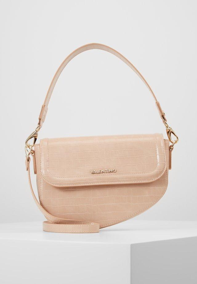 BICORNO - Käsilaukku - pink