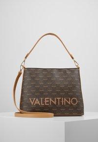 Valentino by Mario Valentino - LIUTO - Handbag - brown - 0