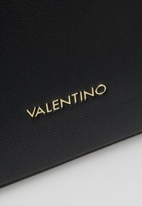 Valentino by Mario Valentino - UNICORNO - Handbag - black - 6